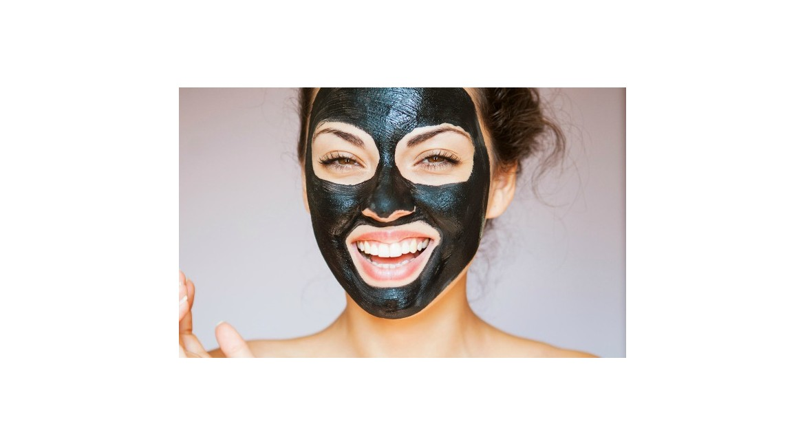 Black Mask fai da te, ecco come si fa 100% naturale!